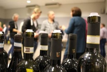 Wijnproeverij 49