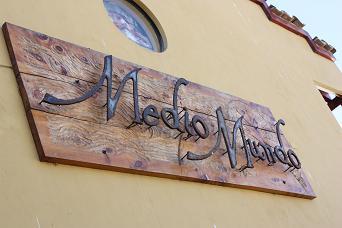 Hotel restaurant Medio Mundo
